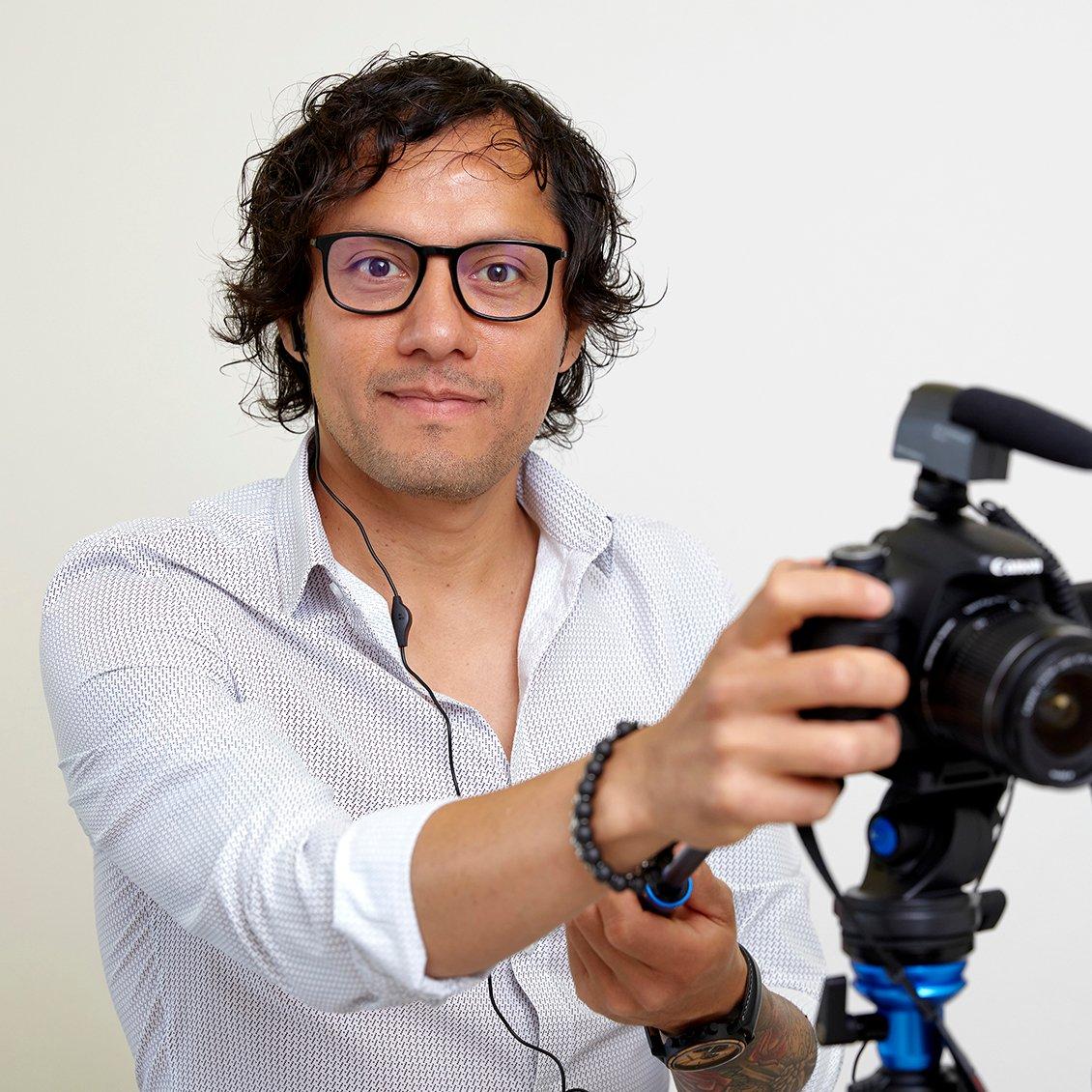 Portrait Jose_squarenew